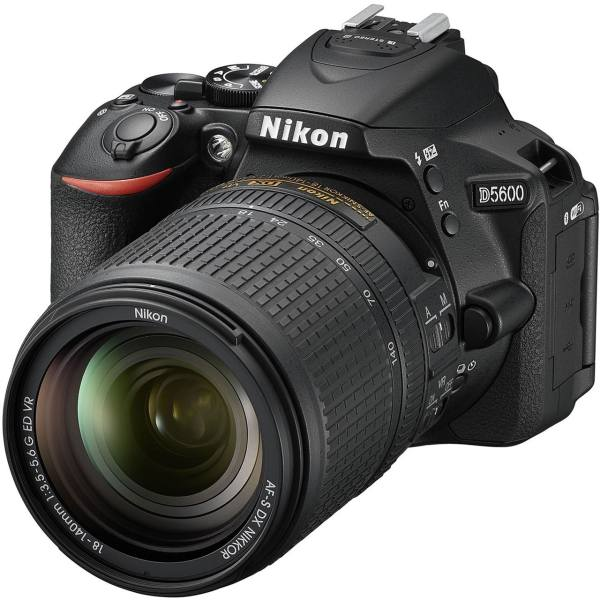 دوربین دیجیتال نیکون مدل D5600 به همراه لنز 18-140 میلی متر VR AF-S DX